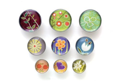 Nobo Magnetic Floral Design Push Pins (Pack of 9)