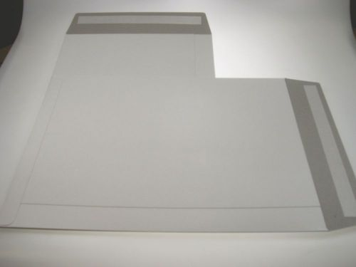River Series All Board Pocket Envelope Peel Seal 80% Recycled C3 457x330mm White Pack of 100 06046