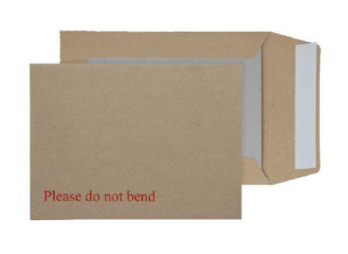 Blake Purely Packaging Manilla Peel & Seal Board B ack Pocket 190X140mm 115Gm2 Pack 125 Code 3112 3P