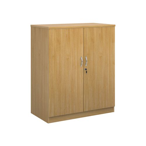 Deluxe double door cupboard 1200mm high with 2 shelves - oak