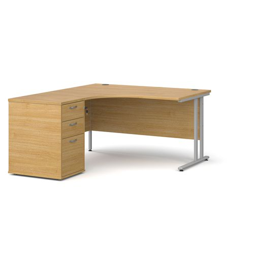 Maestro 25 left hand ergonomic desk 1400mm with silver cantilever frame and desk high pedestal - oak