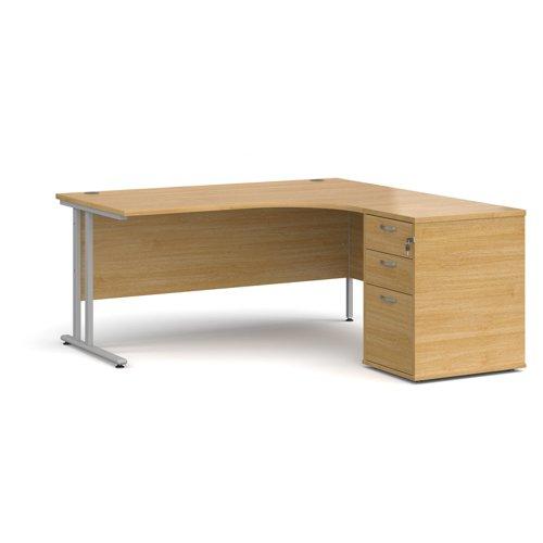 Maestro 25 right hand ergonomic desk 1600mm with silver cantilever frame and desk high pedestal - oak