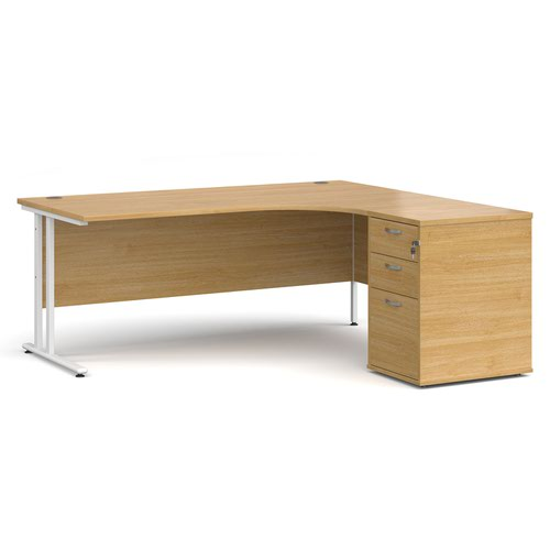 Maestro 25 right hand ergonomic desk 1800mm with white cantilever frame and desk high pedestal - oak