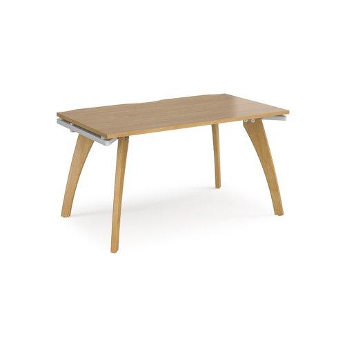 Fuze single desk 1400mm x 800mm - white frame and oak top