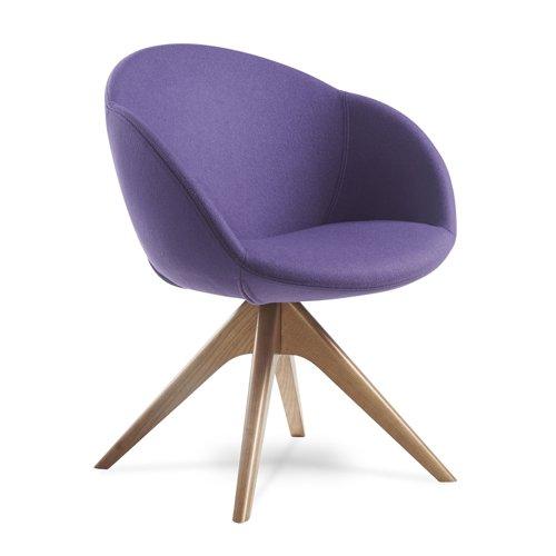 Joss single seater lounge chair with pyramid oak legs