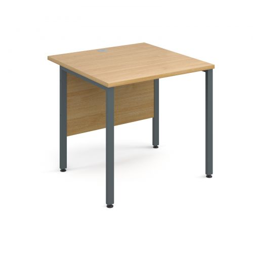 Maestro 25 Gl Straight Desk 800mm X Graphite H Frame Oak Top