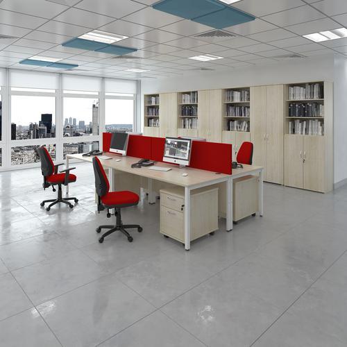 Maestro 25 right hand ergonomic desk 1400mm wide - white bench leg frame and grey oak top   MB14ERWHGO   Dams International