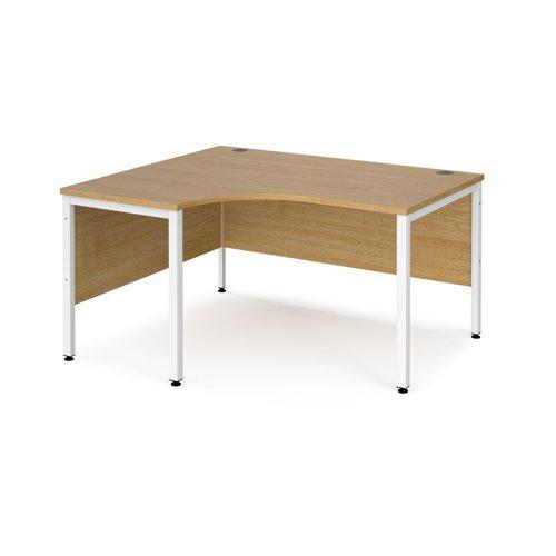 Maestro 25 left hand ergonomic desk 1400mm wide - white bench leg frame and oak top