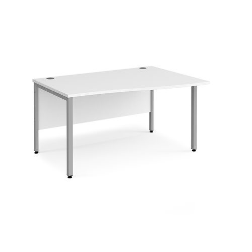 Maestro 25 right hand wave desk 1400mm wide - silver bench leg frame and white top