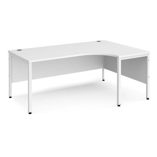 Maestro 25 right hand ergonomic desk 1800mm wide - white bench leg frame and white top