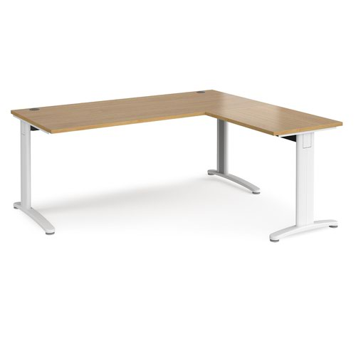 TR10 desk 1800mm x 800mm with 800mm return desk - white frame and oak top