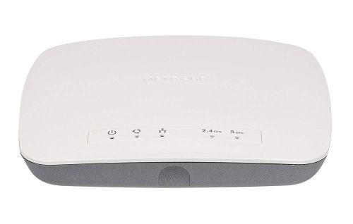 2 x 2 Dual Band Wireless AC Access Point Wireless Network Adapters 8NEWAC72010