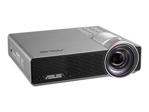 P3E WXGA 800L Portable LED Projector