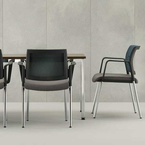 Kind Mesh Back Meeting Chair w/ Fixed Arms & 4 Leg - Black Mesh/Phoenix Havana/Black Frame (KDMC22B)