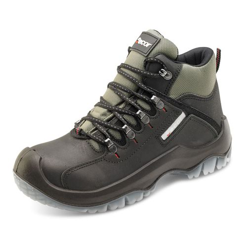 Beeswift Traders Traxion Xtra Grip Boot Black Size 13/EU48 TBBL13