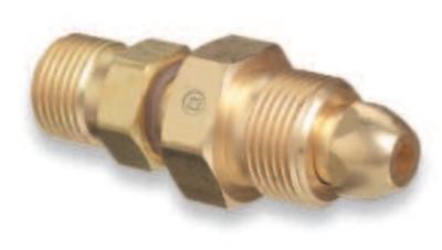 WESTERN ENTERPRISES Brass Cylinder Adaptors, From CGA-580 Nitrogen To CGA-320 Carbon Dioxide