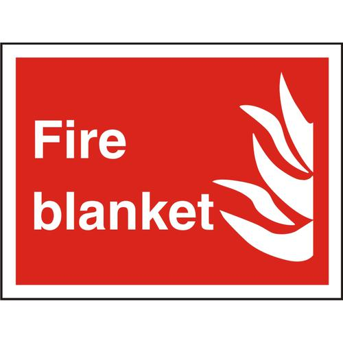 Photolu Fire Fighting Sign 300x200 1mm Plastic Fire blanket Ref FF085PLRP300x200 *Up to 10 Day Leadtime*