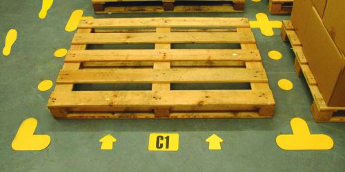 Floor Signalling Arrow Shape (yellow); designed for use in warehouse environments and are self adhesive for fast application. Size 90 x 90mm.