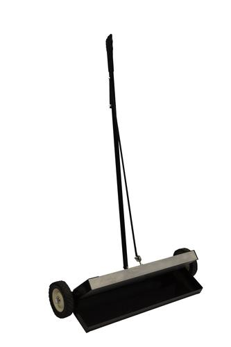 762mm Heavy Duty Magnetic Sweeper