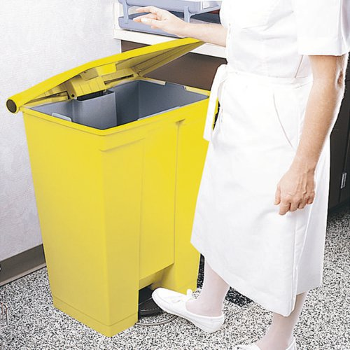 Step On Waste Container 30.5 Litre Yellow (Heavy duty pedal operation for hands free use) 313503